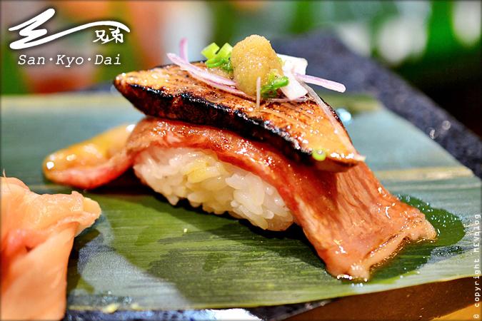 Foie gras Engawa Matsuzaka Sushi (650 บาท)